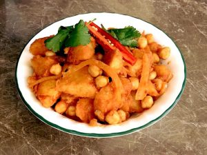 Crispy Potato and Chickpea Curry
